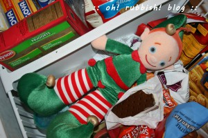 Elf on the Shelf. oh rubbish blog 8