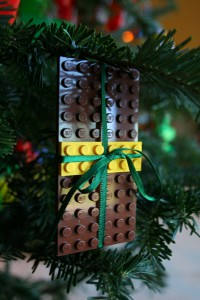 lego CHRISTMAS TREE time!-614
