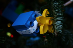 lego CHRISTMAS TREE time!-650